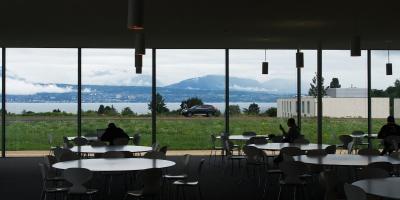 Личный опыт:  <br/>оптическая инженерия <br/>в Швейцарии