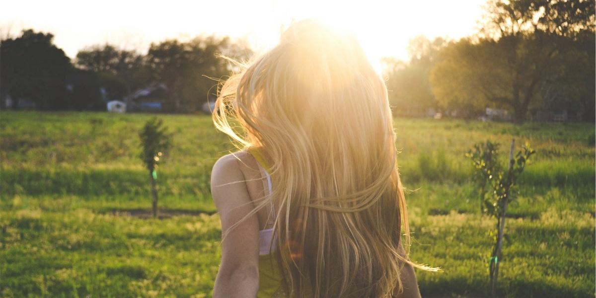 коммерческой недвижимости фото блондинки со спины летом уборки