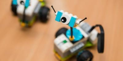 Зачем IT-компании открывают STEM-центры для детей
